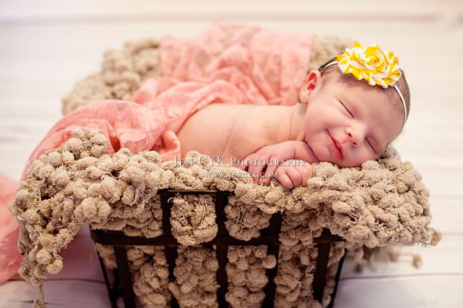 Newborn Pictures (4)