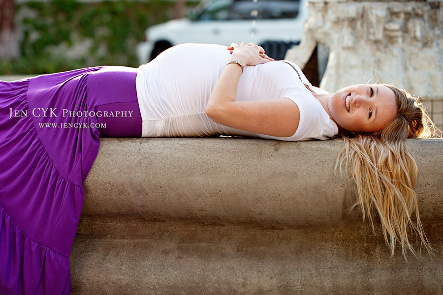 Orange Circle Maternity Photos (6)
