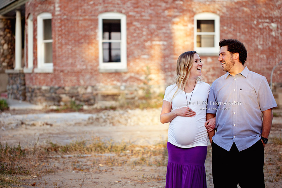 Orange Circle Maternity Photos (9)