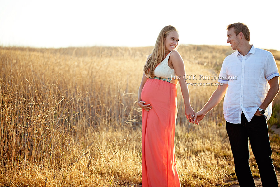 Beautiful Maternity Pictures (6)