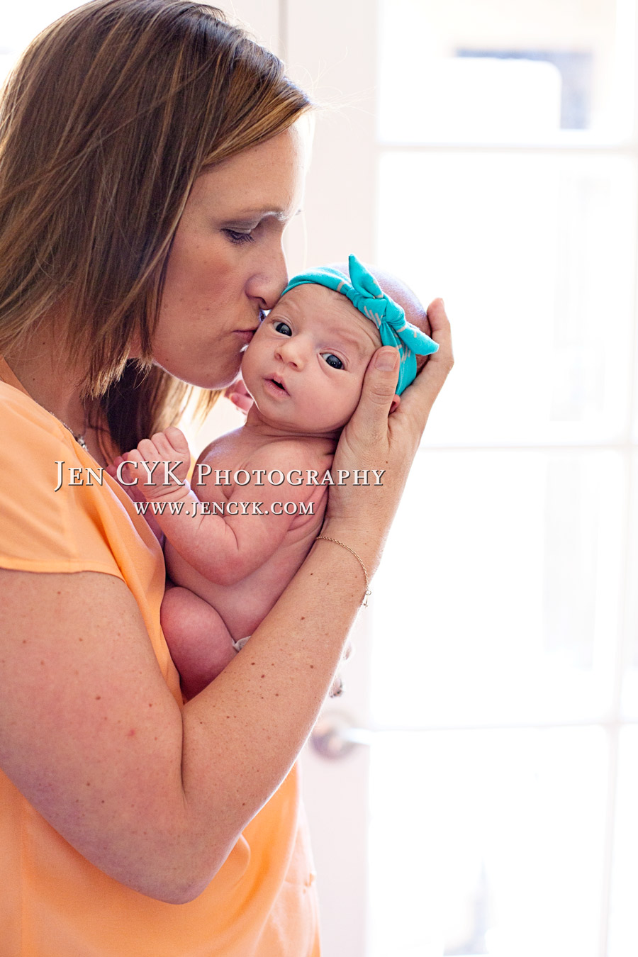 Amazing Newborn Poses (7)