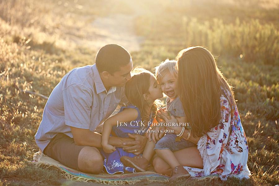 Gorgeous Family Photos Huntington Beach (20)