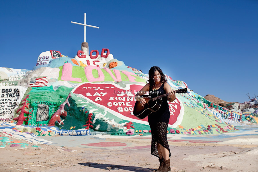 Salvation Mountain Girl Guitar (11)