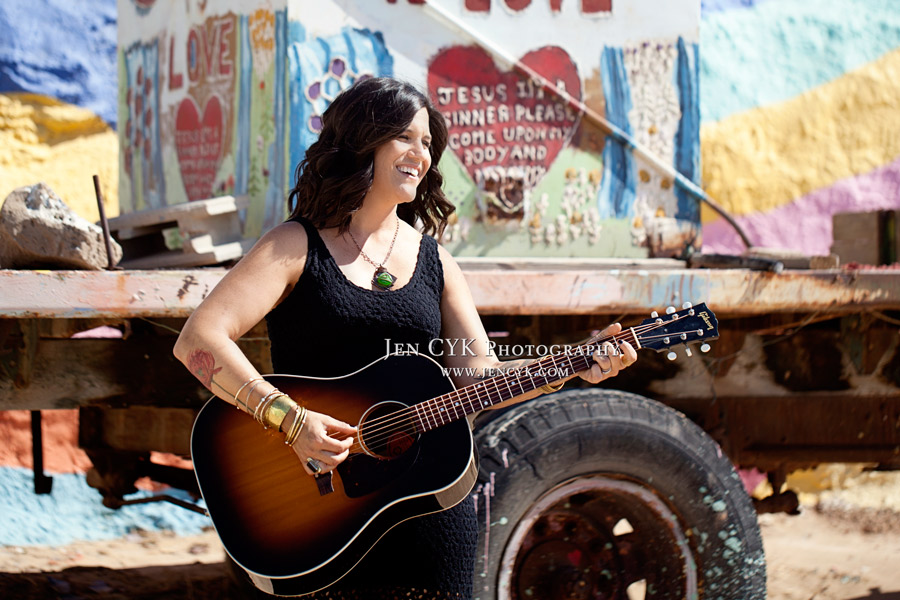 Salvation Mountain Girl Guitar (3)