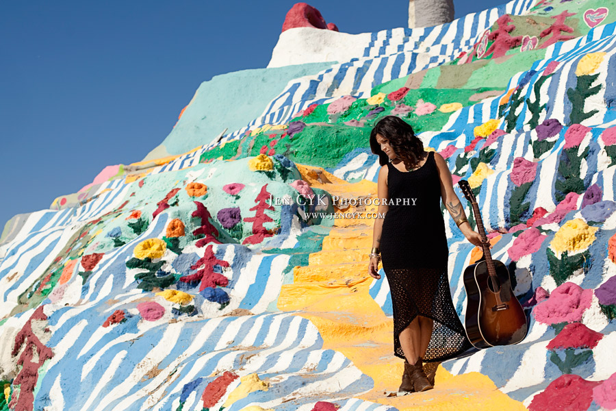 Salvation Mountain Girl Guitar (5)