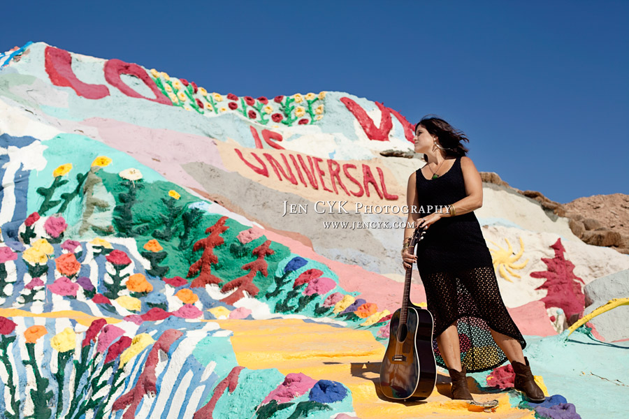 Salvation Mountain Girl Guitar (6)