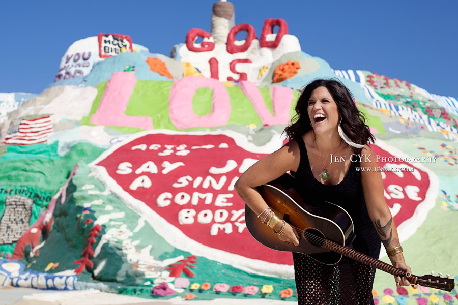 Salvation Mountain Girl Guitar (8)
