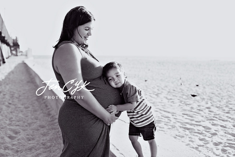 Seal Beach Pier Maternity Pics (10)