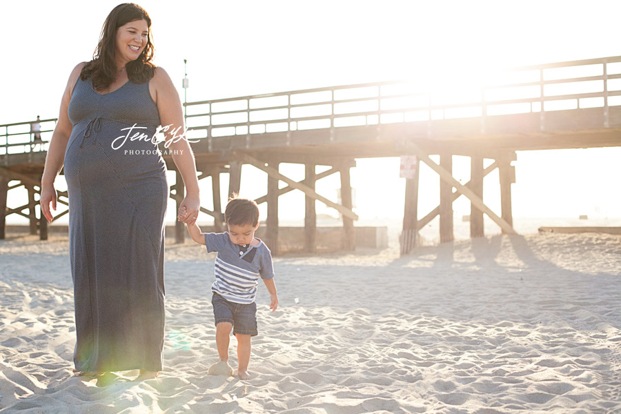 Seal Beach Pier Maternity Pics (13)