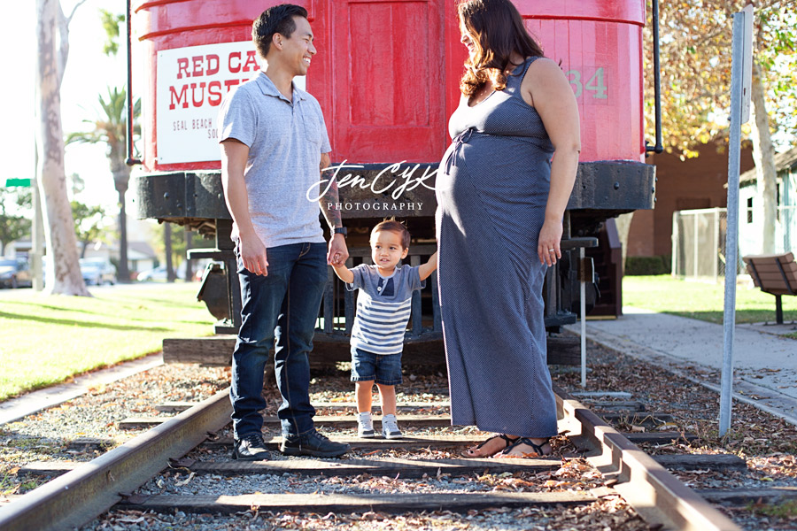 Seal Beach Pier Maternity Pics (2)