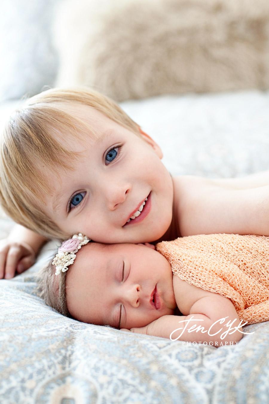 Top OC Newborn Pics (11)