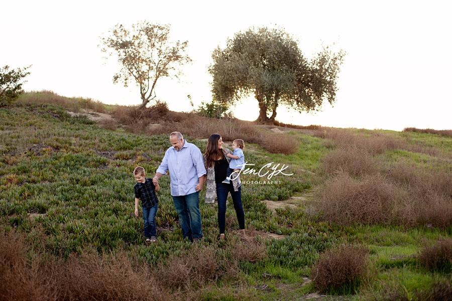 Sunset HB Family Pics (14)