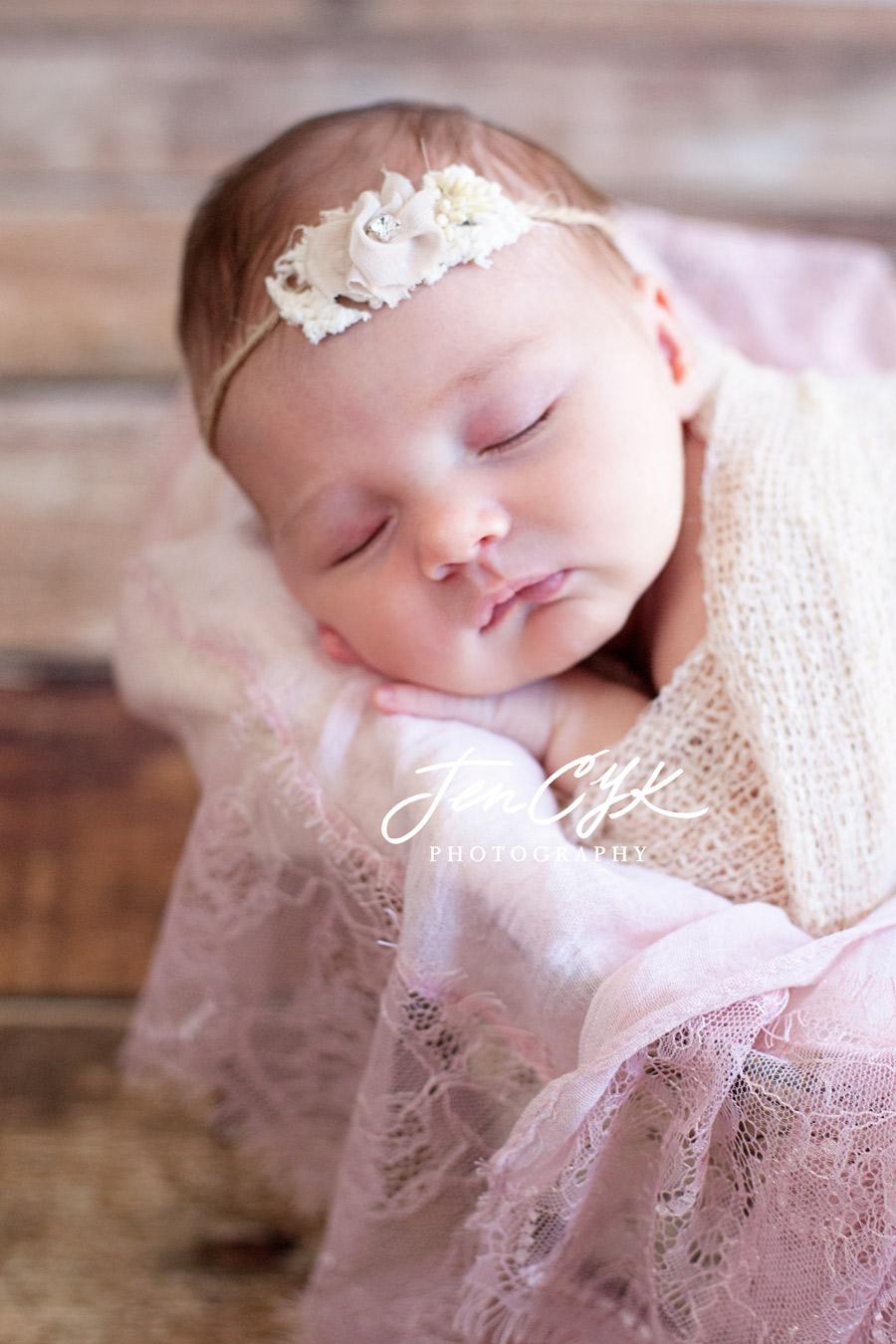 Best OC Newborn Pics (11)