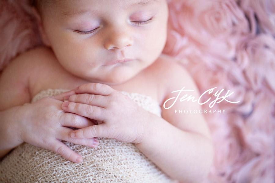 Best OC Newborn Pics (14)