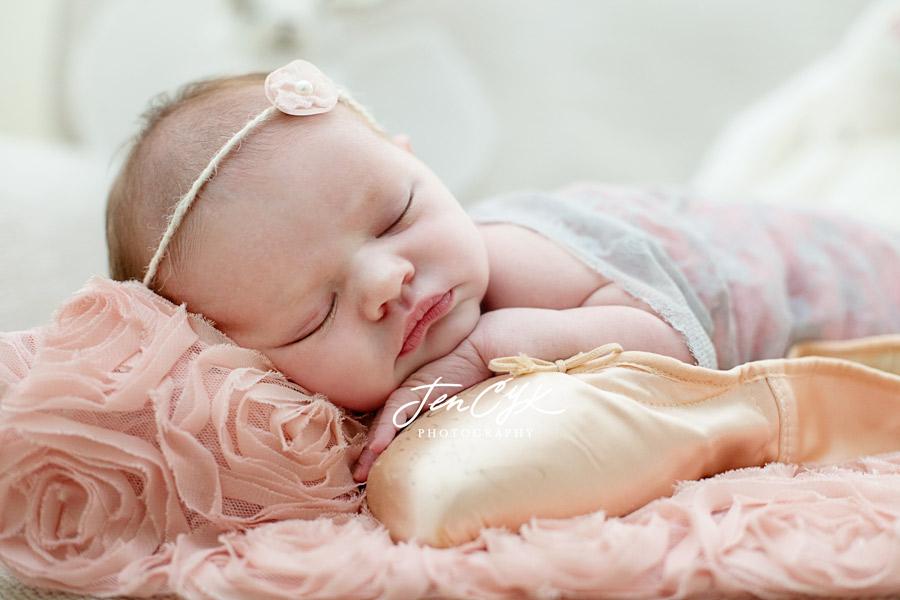 OC Newborn Pics (15)
