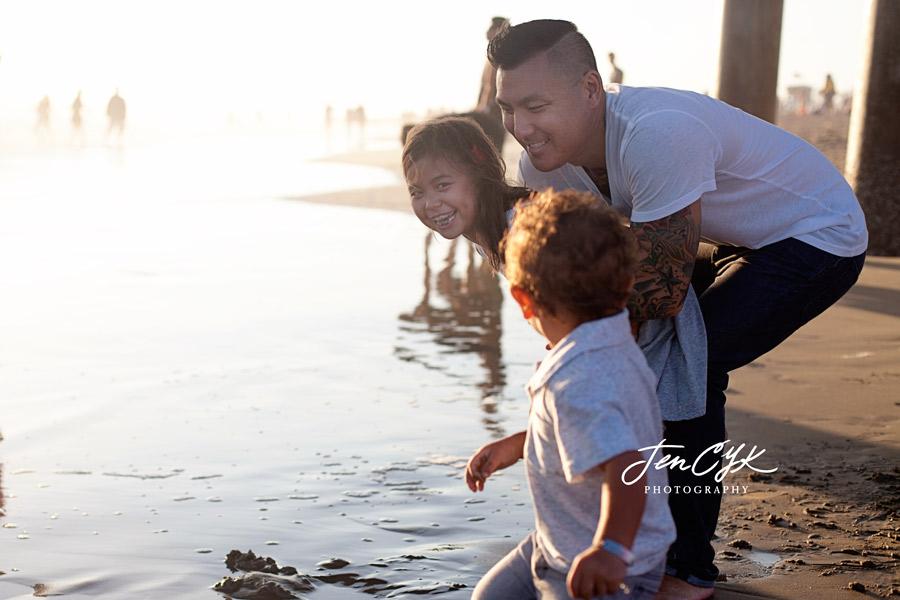 huntington-beach-family-pics