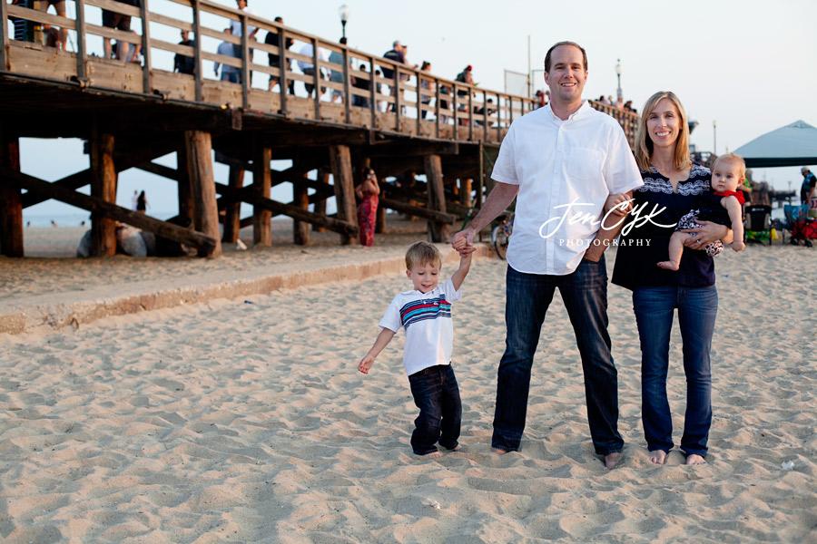 seal-beach-pier-family-pics-10