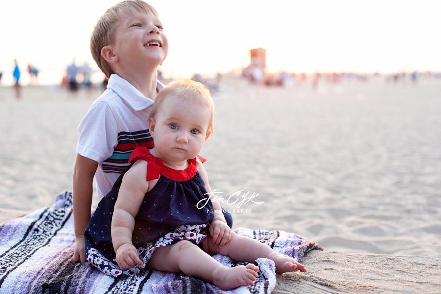 seal-beach-pier-family-pics-14