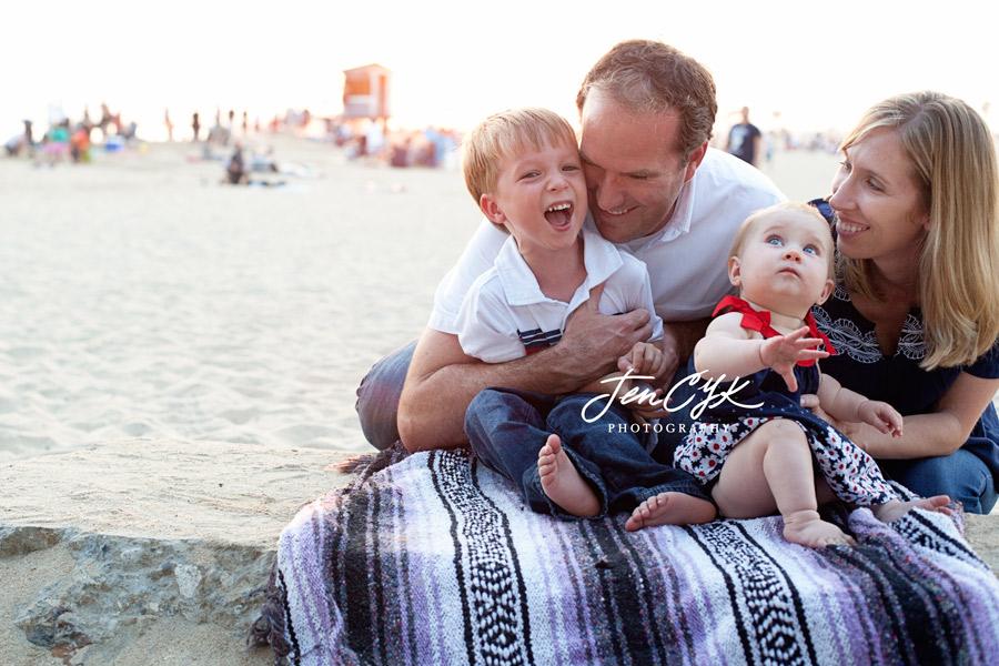 seal-beach-pier-family-pics-15
