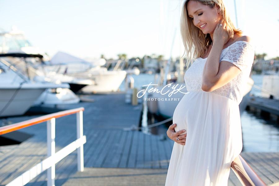 newport-beach-maternity-pics-5